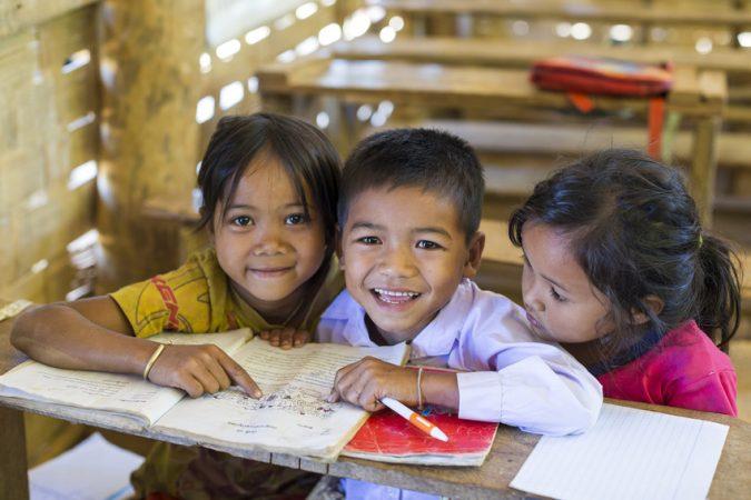 Mit einer Zustiftung in die Stiftung Hilfe mit Plan sind Sie Chancengeber und stärken die Projektförderung der Stiftung - damit ermöglichen Sie Kindern weltweit unter anderem den Zugang zu guter Bildung.