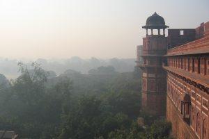 Dieter Rehm und Robert Zandstra übernehmen Patenschaften in Indien und vererben an die Stiftung Hilfe mit Plan.
