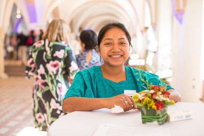 Mayra aus Guatemala berichtete auf dem Stiftertreffen, wie sie als Plan-Aktivistin erfolgreich für die Rechte von Mädchen kämpft.